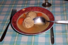 soup with kneidlach